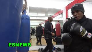 Boxing In The DNA!  Check Out This One Year Old Mexican Baby Already Hits Speed Bag EsNews Boxing