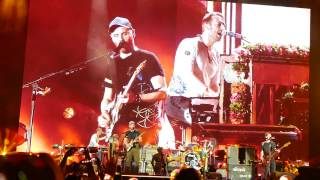 Coldplay Live in Manila - Fix You