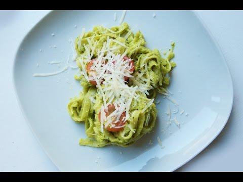 pasta-mit-avocado-pesto