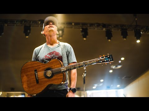 Granger Smith - Cheers to memories of 2017 and new adventures in 2018!