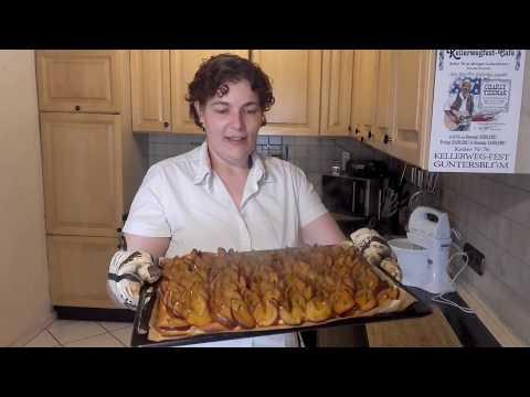 hefe-zwetschgenkuchen-wie-vom-bäcker