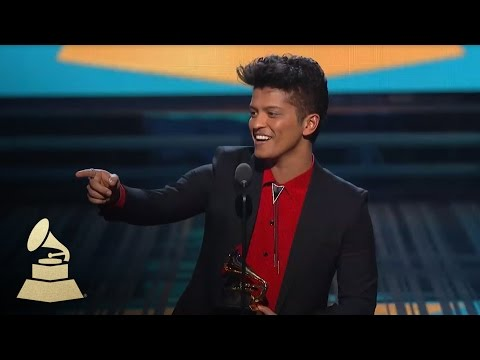 Bruno Mars Wins Best Pop Vocal Album for Unorthodox Jukebox | GRAMMYs