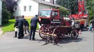 Historischer Spritzenwagen der Feuerwehr Baunatal