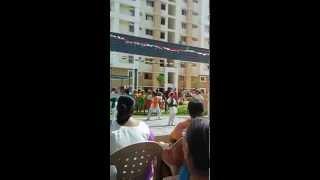 Nanhe Munhe Bachche Teri Mutthi Mein Kya Hai