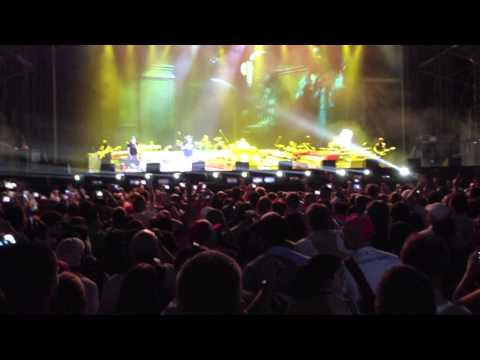 Eminem - Lose Yourself (Live 2012 - Yas Island Abu Dhabi)