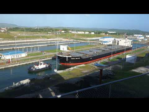 Operation of the new panama canal in real time