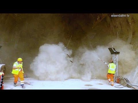 Spektakulärer Durchschlag Boßlertunnel mit TBM