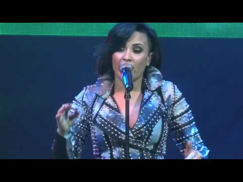 Demi Lovato  Have Yourself A Merry Little Christmas   12314  San Jose, CA  HD