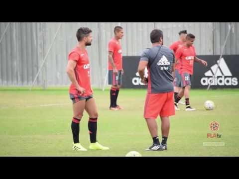 Diego Ribas Mostra Habilidades Com Bola