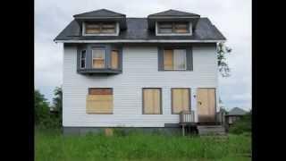 Detroit - Bankrupt  - Abandoned - Ghost Town