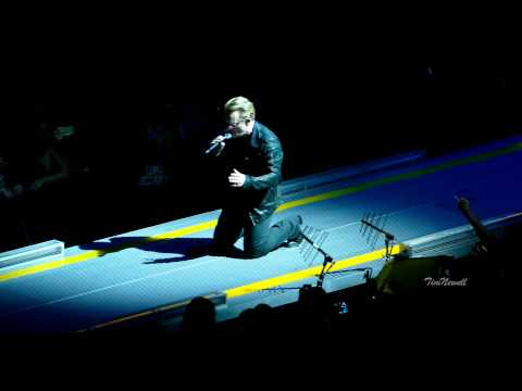 "U2 ""Iris (Hold Me Close)"" (Live, 4K) / United Center, Chicago / June 28th, 2015"