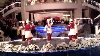 Plate dance. SANGRINA BUNDA