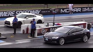2014 Nissan GTR vs Tesla Model S Drag Race