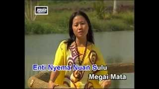 Kaya Semaya Enda Balang - Angela Lata Jua