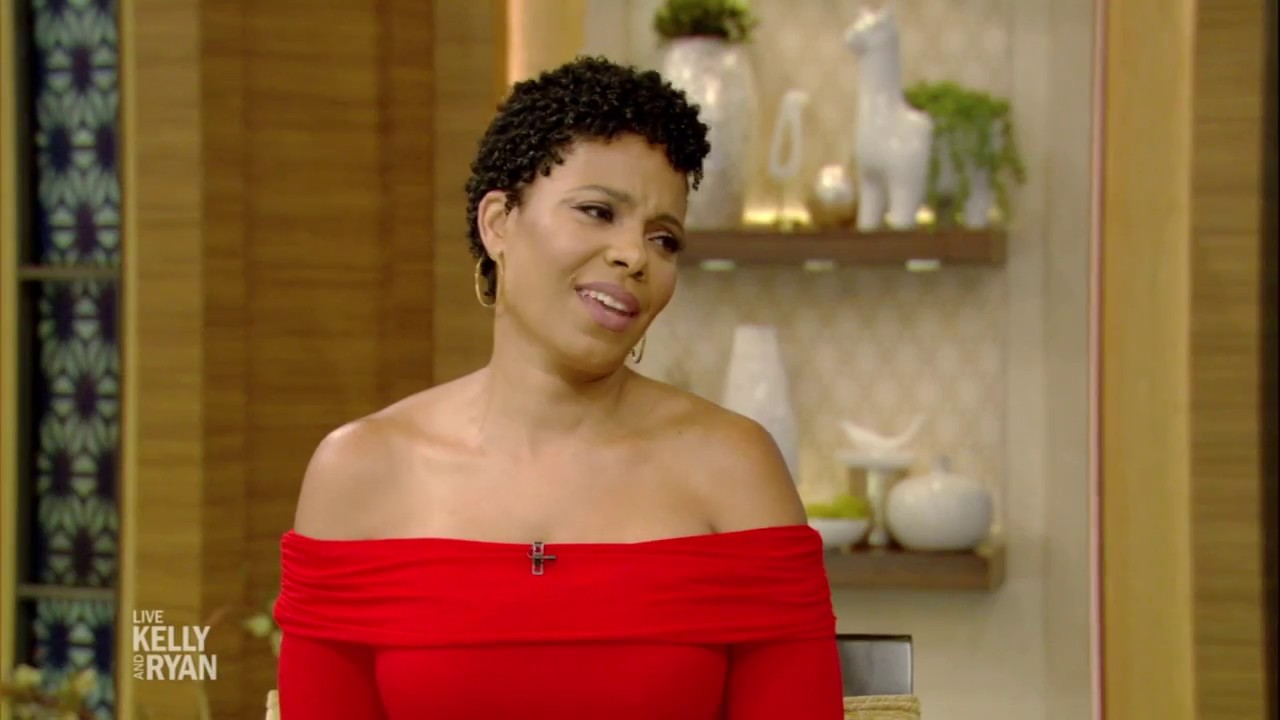 """Download Sanaa Lathan on Shaving Her Head in """"Nappily Ever After"""""""