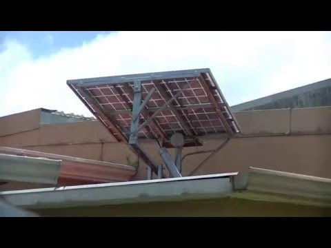 Hybrid Arduino controlled solar tracker. The simplist Solar tracker control using a Arduino UNO