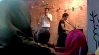 سوتي سوتي افتضاح رضا شيري در اجراي زنده soti soti reza shiri 2012