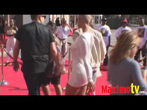 Kanye West & Amber Rose // 2009 BET Awards Red Carpet