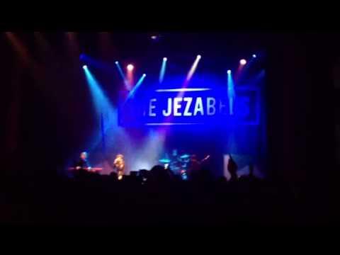 Mace Spray The Jezabels live at 02 Shepherds Bush