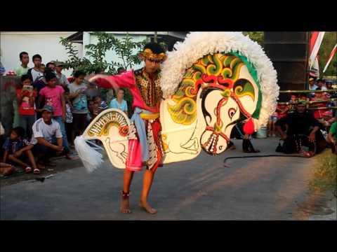 Kesenian Jaranan Dipo Wijoyo Sangarrr Full Kediri  Traditional Dance Kuda Lumping