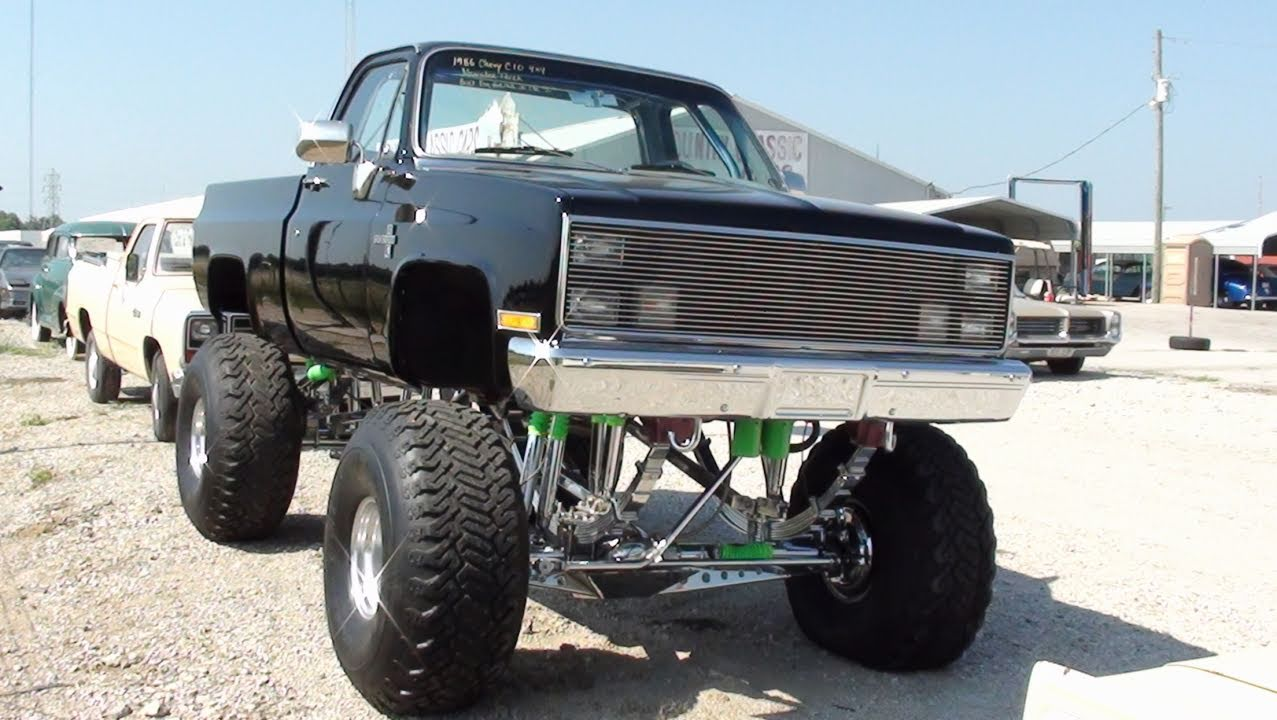 Huge 1986 Chevy C10 4x4 Monster Truck All Chrome Suspension 383