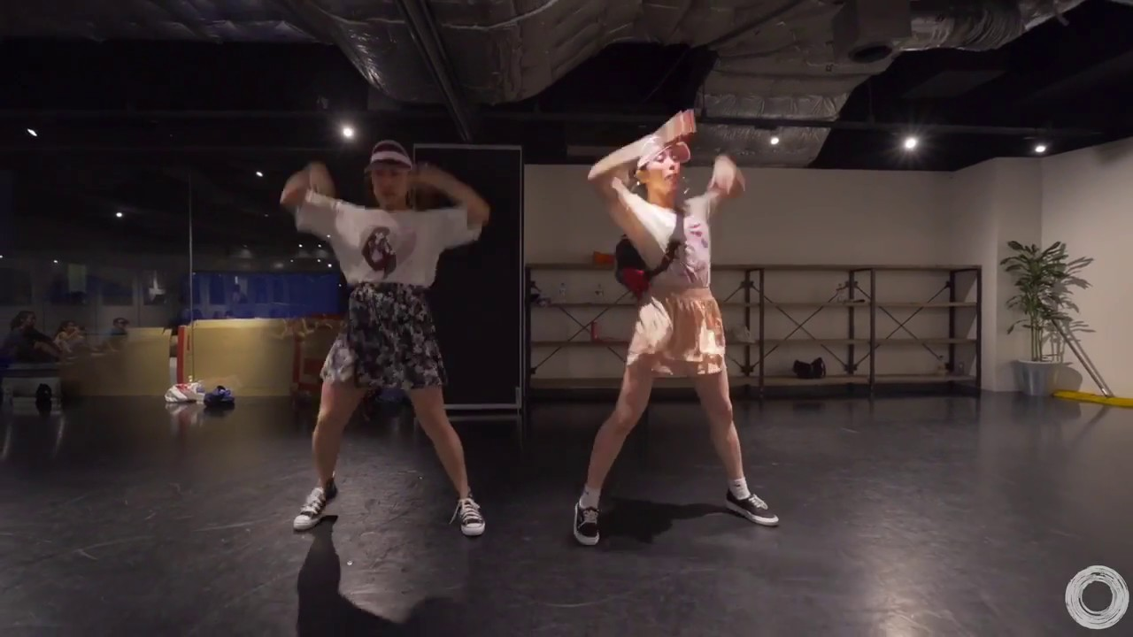 Download Coco and Marino WS at En dance studio