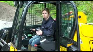 Skid steer or pivot steer for small loaders?