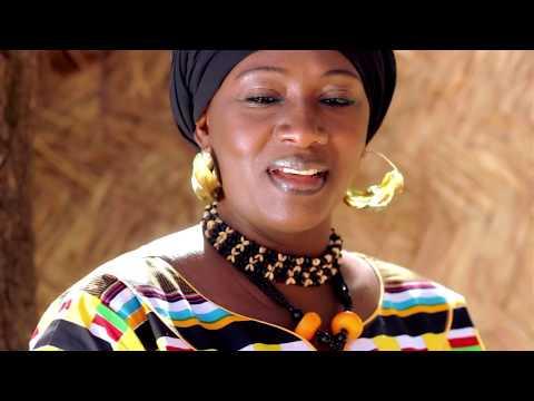 Oumou Soumaré La gazelle du désert Watoto by AH PROD