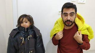 Ayşe Ebrar ile Babası Montları Yanlış Giydiler. Eğlenceli Çocuk Videosu