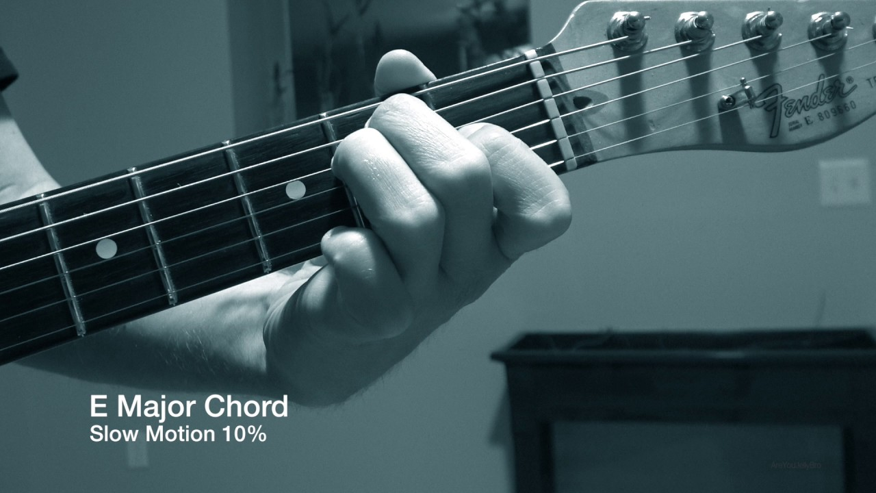 E Major Guitar Chord In Slow Motion 10 Speed Trippy Sounding