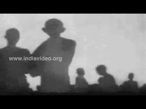 Dandi March or Salt Satyagraha led by Gandhi