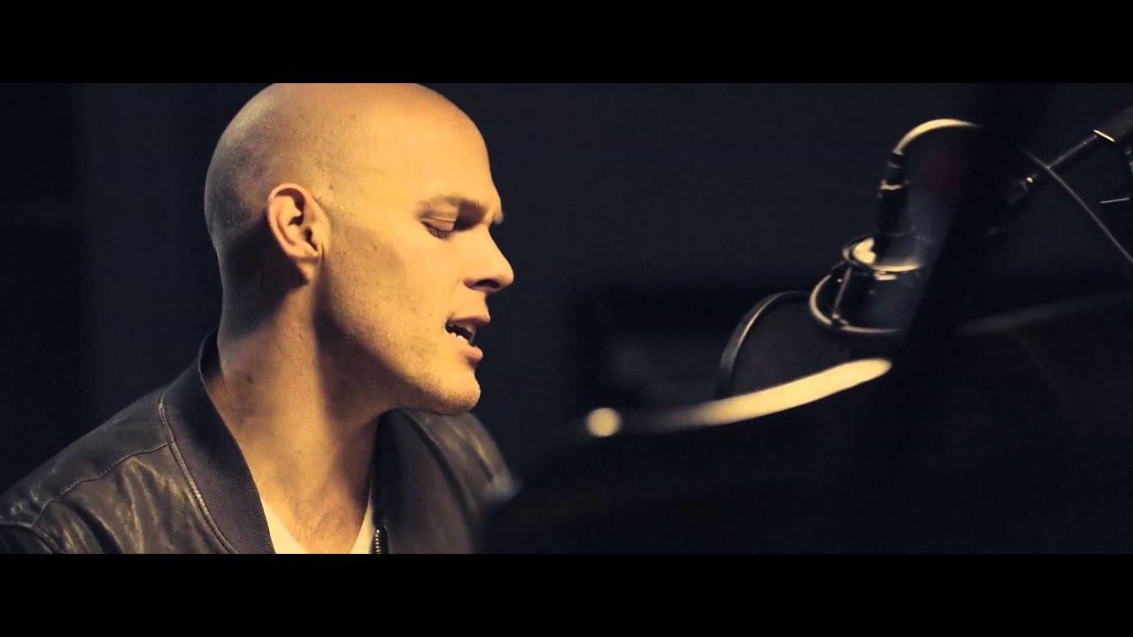 Download David Guetta – Dangerous (Sam Martin Acoustic Piano Version)