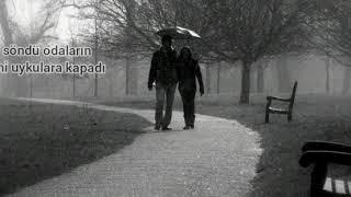 Onur Akın - Yağmur Yüreklim (Sözleri) LYRİCS