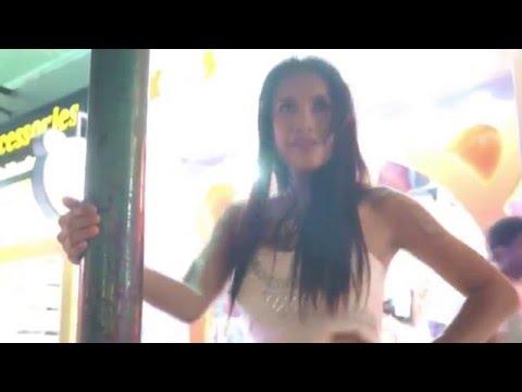 Bangkok Sukhumvit Ladyboy from YouTube · Duration:  2 minutes 17 seconds