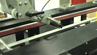 Label-Aire® - Hugger Belt Clamshell Labeling System