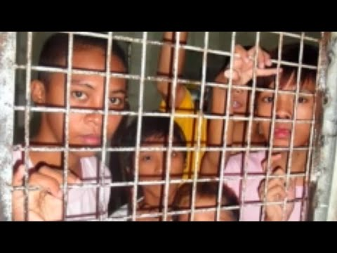Poor Kids Arrested By Philippines Before Pope Francis Visit