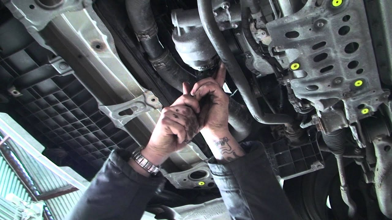 Bodgit And Leggit Garage How To Do A Basic Car Service Youtube