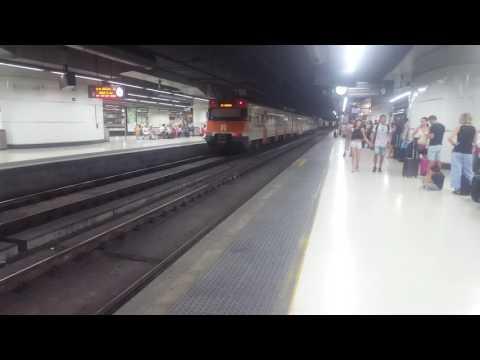 Trains at Barcelona Sants LAV Madrid to Barcelona line 22/8/16