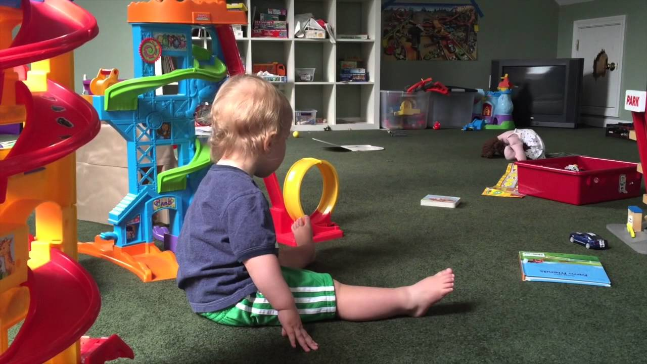 HEAD BANGING BABY! - YouTube