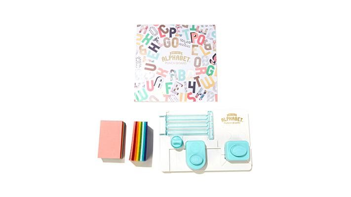 We R Memory Keepers 663004 We R Mini Alphabet Punch Board
