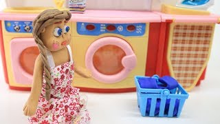 PRINCESS BABY HOME ACTIVITY - Play & Clay Cartoons Stop Motion