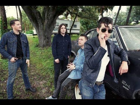 Arctic Monkeys - 'Drunk Texts Are A Bad Idea'