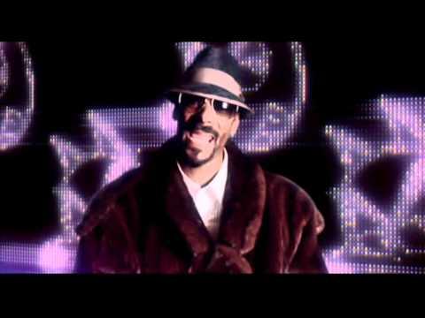 Snoop Dogg Vs David Guetta-Sweat 2011 (Official Video Clip)