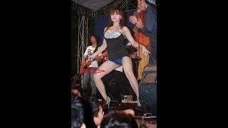 *Bikin Croott* 3 artis dangdut yang suka pamer badan