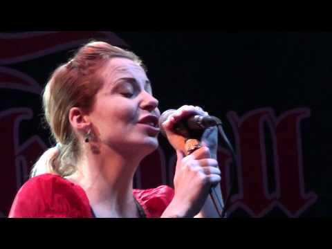 Anneke van Giersbergen & Danny Cavanagh - A Natural Disaster (Live in Thessaloniki 07/01/2011)