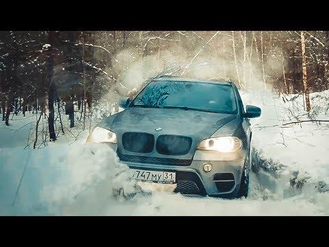 ВЫ ЕЩЕ НЕ ВИДЕЛИ? ДЕВУШКА на BMW Х5 против VW Touareg и Toyota Prado