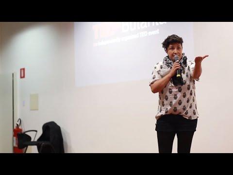 TEDx Talks: Não só de riso se faz uma palhaça | Daniela Biancardi | TEDxButanta
