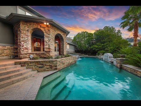 18 English Heather Pl The Woodlands TX 77382 - The Woodlands Luxury Homes For Sale
