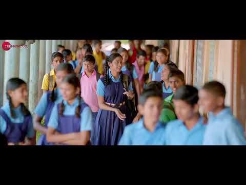 Disu  laglis tu gaavthi Marathi new movie song video