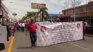 Mineros toman las calles de Durango